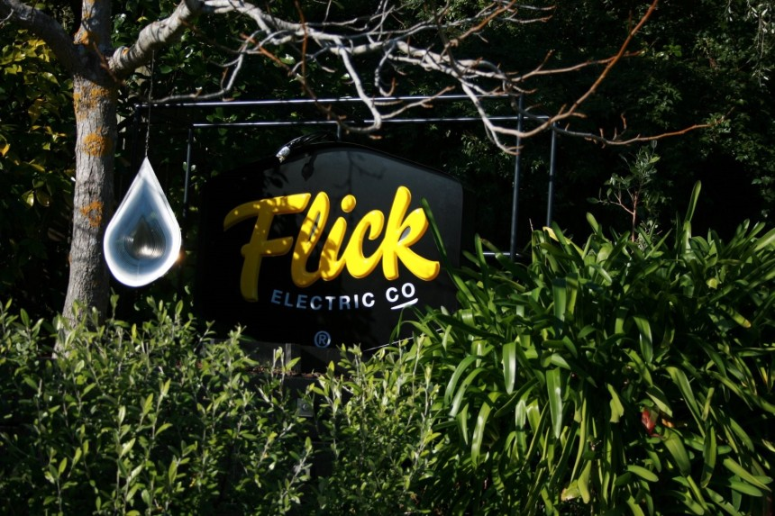 Flick electrical sign